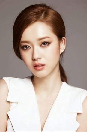 主演:丁一宇,权律,高雅拉,朴勋