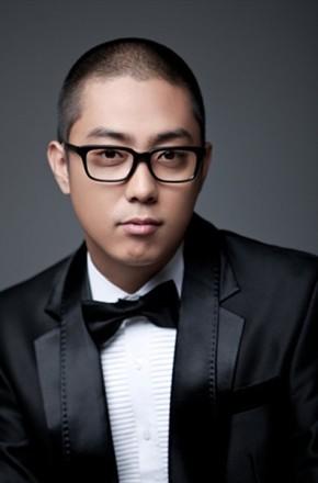主演:姜镐童,李秀根,殷志源,MC梦