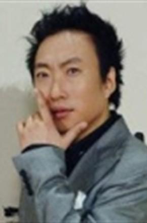 主演:朴明秀,朴娜莱,郑俊英,金生珉,吕会铉