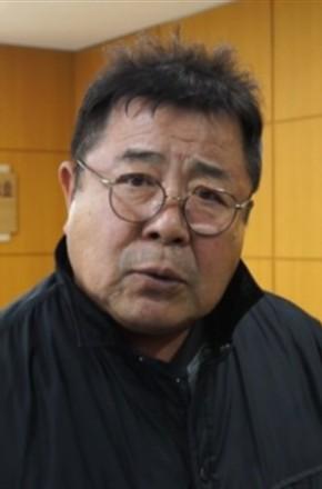 主演:李瑞镇,李顺载,申久,朴根滢,白日燮